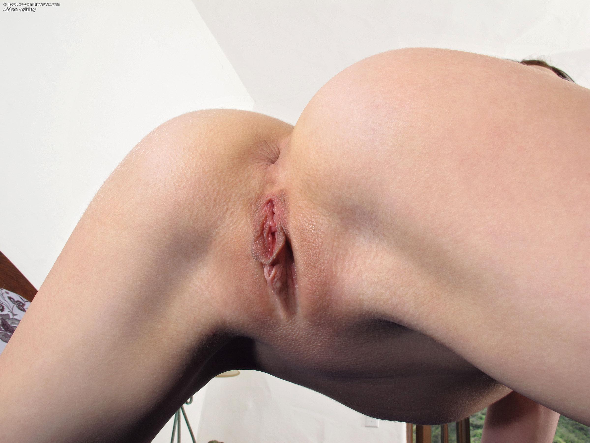 ashley olsen licking pussy