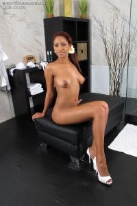 Katia de Lys,wide open vagina pics