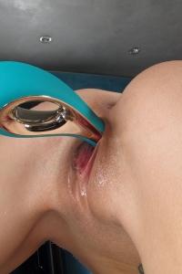 Lola Foxx,little wet vagina