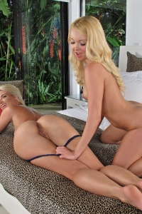 Anikka Albrite Aaliyah Love,teen black ass