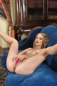 Cayenne Klein,hairy vagina celebrities