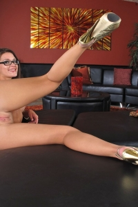 Abby Cross,young clit pic