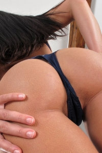 Lucy Li,bald fanny pictures