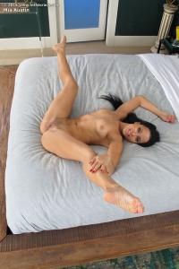 Mia Austin,bikini pussy
