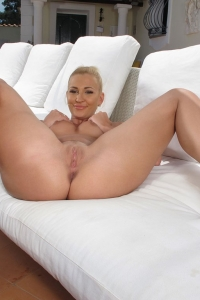 Tracy Delicious,long pussy