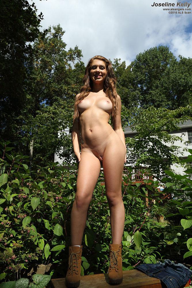 Babes masturbating in public