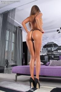 Maria Rya,in the crack com