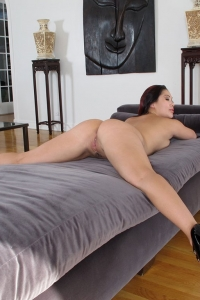 London Keyes,tight black pussey