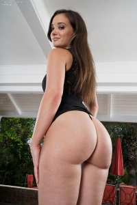 Gia Paige,big black and wet