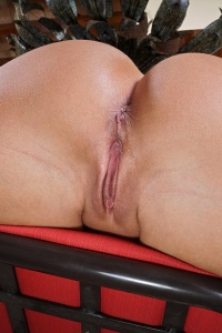 Candice Dare,hairy vagina photos