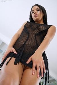 Maya Bijou,huge clit vids