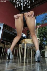 Sophia Leone,clit to clit