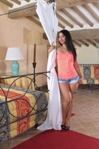 Ria Rodriguez,small vagina photos
