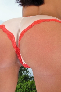 Vicki Chase,huge labia pictures