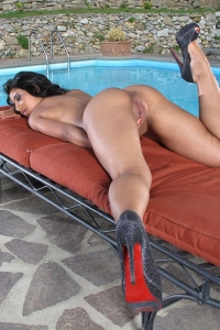 Ria Rodriguez,wet clit close up