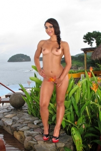 Ria Rodriguez,how to shave a pussy