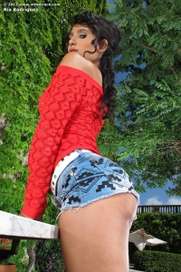 Ria Rodriguez,close up view of vagina
