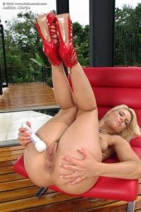 Anikka Albrite,young clits pics