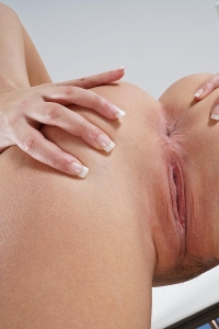 Elena,shaved pussys