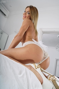 Lara West,asian pussy pics