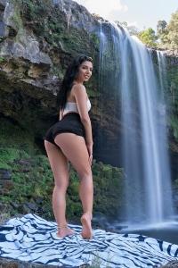 Gina Valentina,women vagina pics