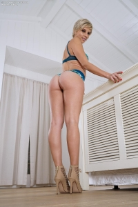 Makenna Blue,picture of pussy