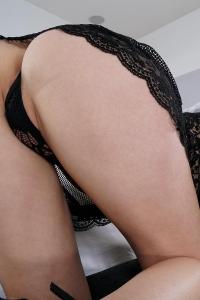 Hannah Hays,shaved snatch pics